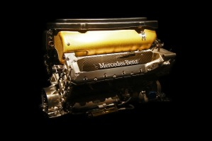 mercedes-engine-2100359_960_720.jpg
